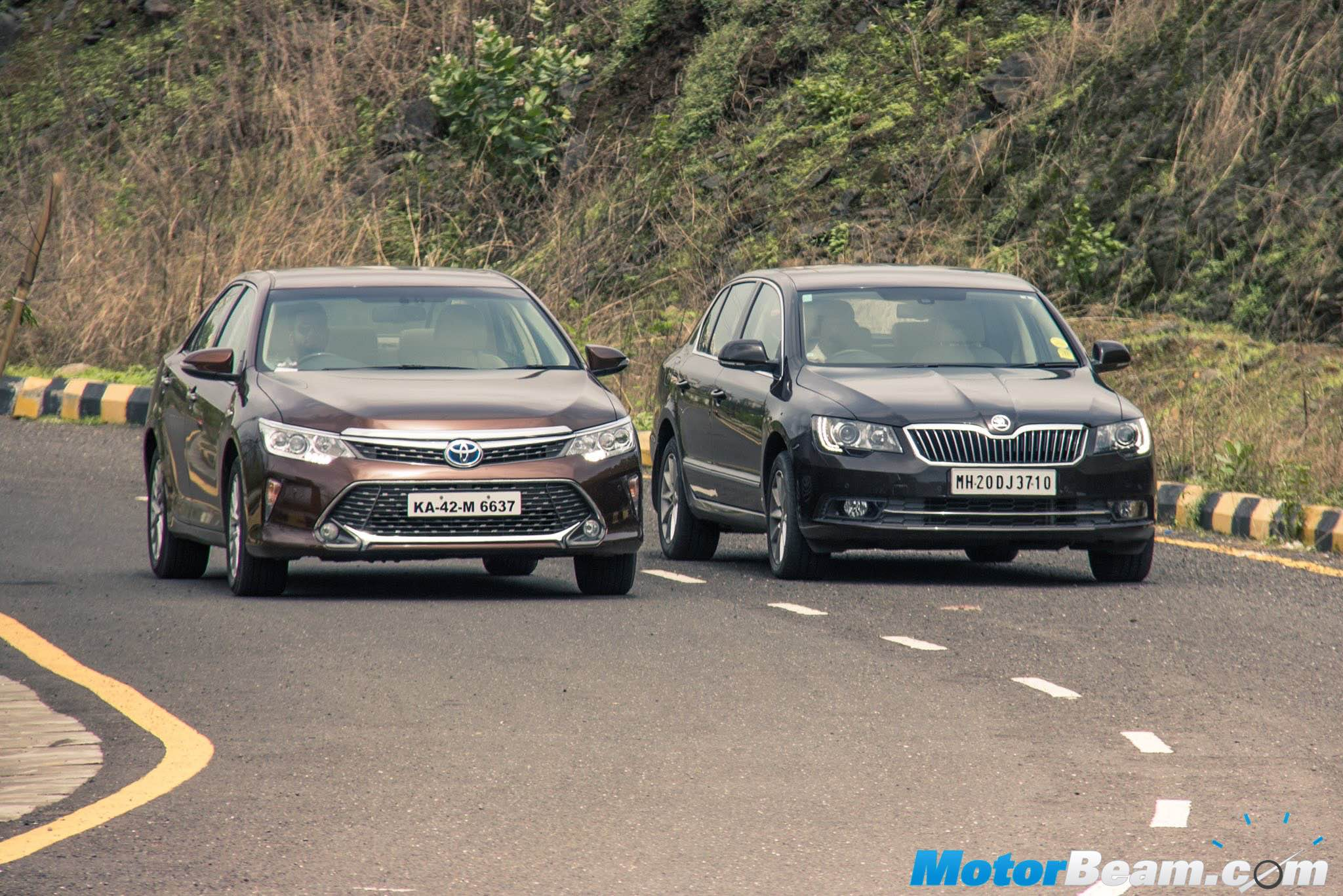 2015 Toyota Camry Vs Skoda Superb U2013 Shootout