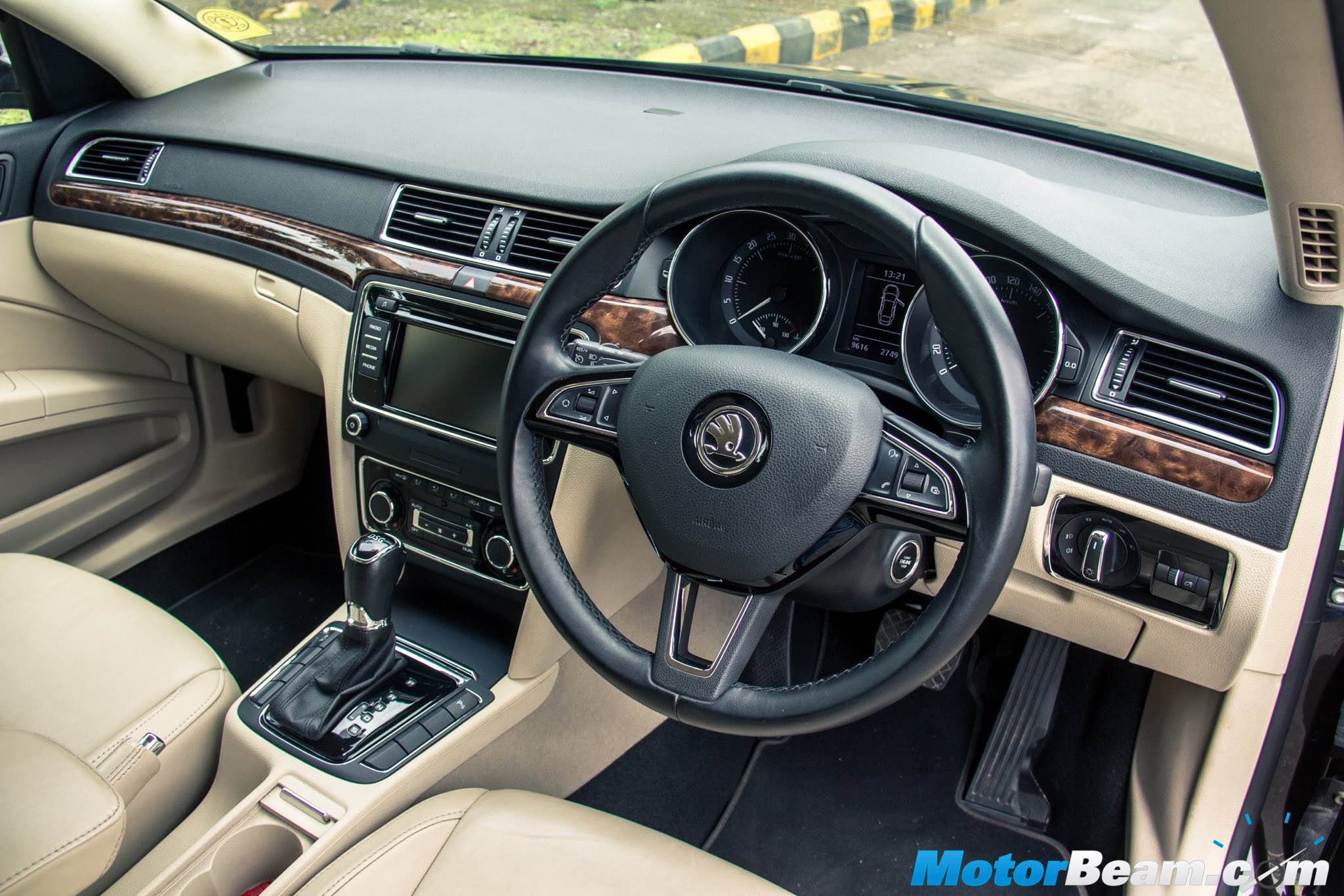 toyota camry vs skoda superb review shootout comparison rh motorbeam com skoda octavia manual or automatic skoda octavia manual vs automatic