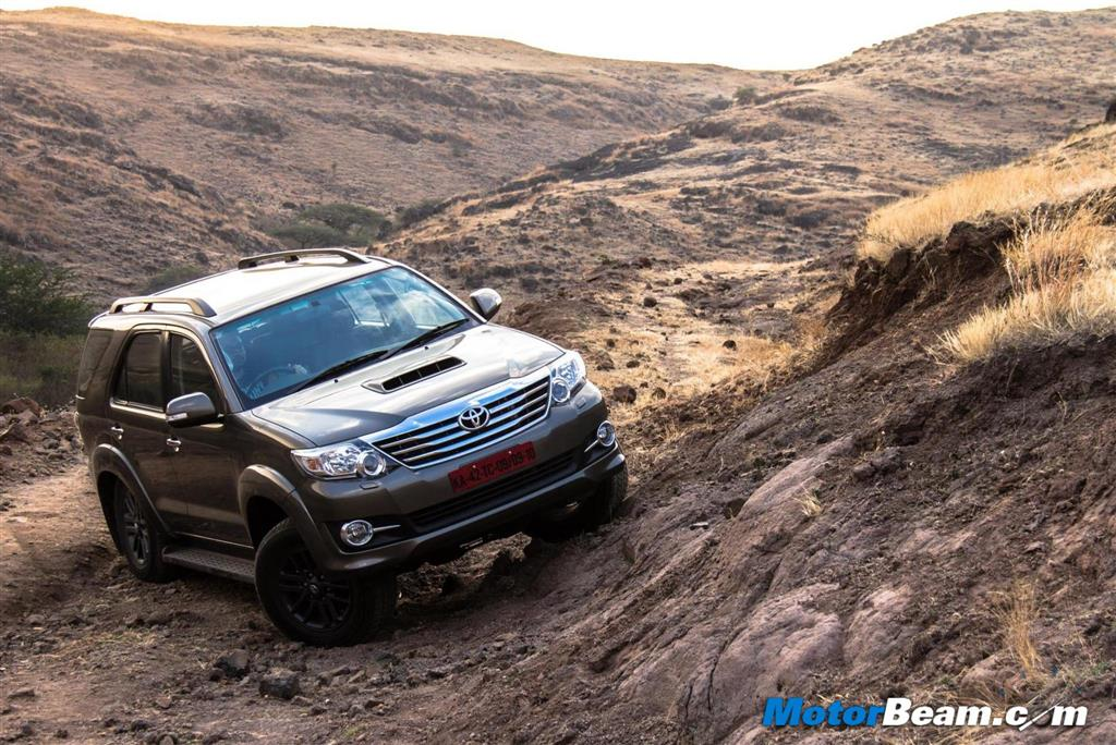 2015 Toyota Fortuner Test Drive Review