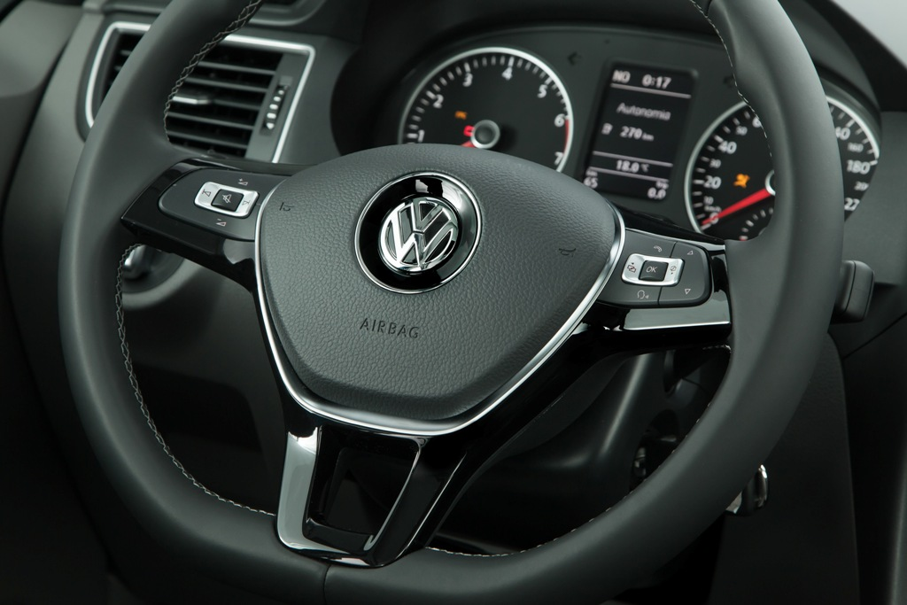 2015 Volkswagen Fox Steering Wheel