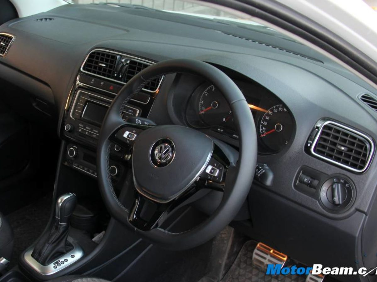 Volkswagen Silently Deletes Features On The Polo Gt 1 2 Tsi