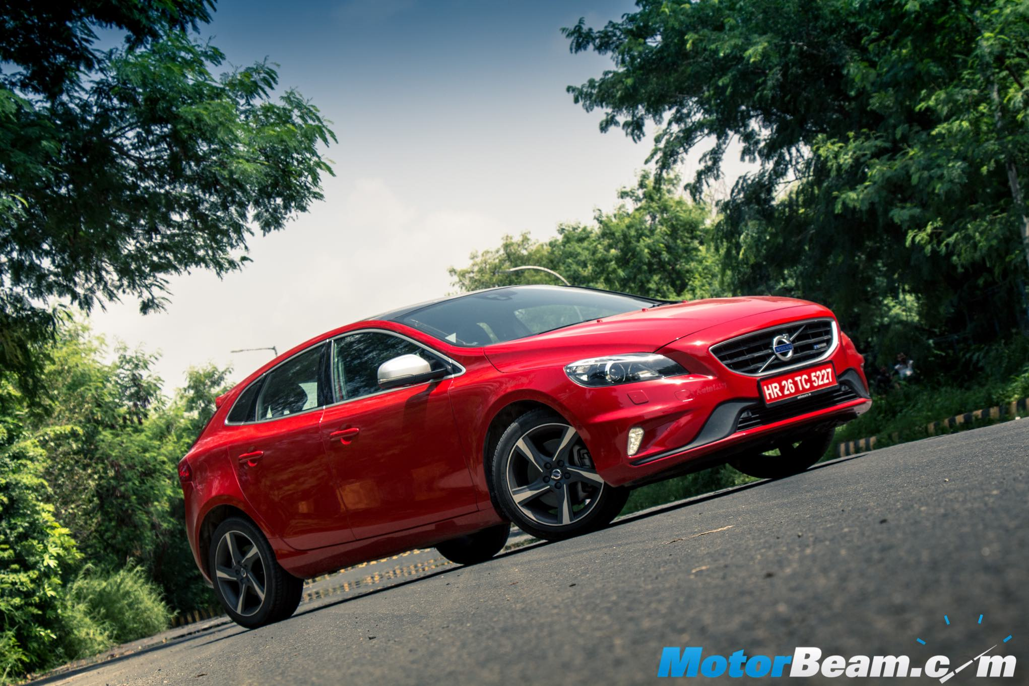 2015 Volvo V40 Test Drive Review