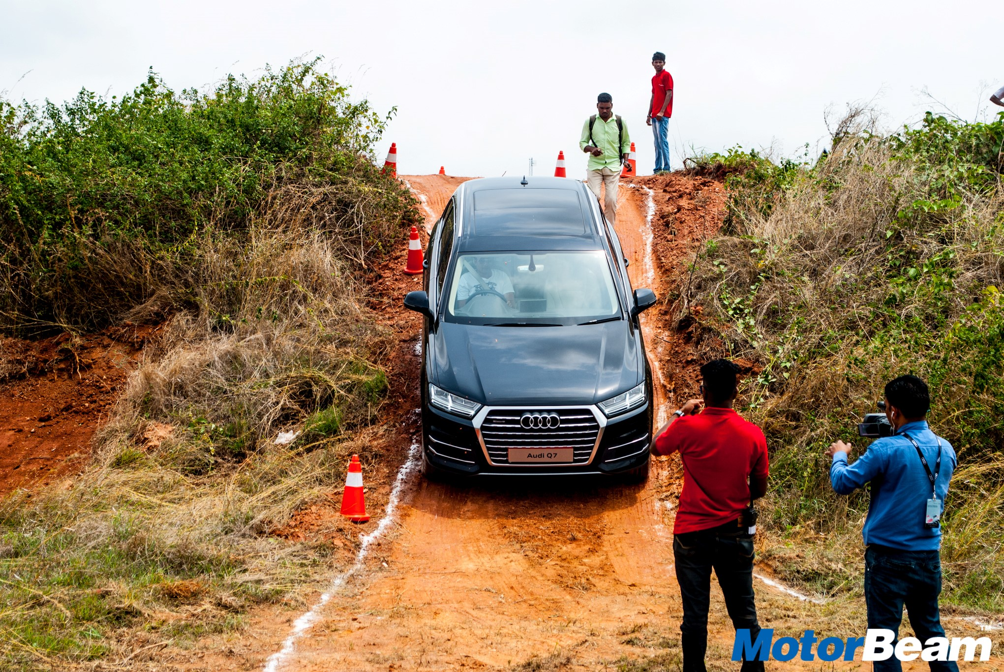 2016 Audi Q7 Offroad Experience