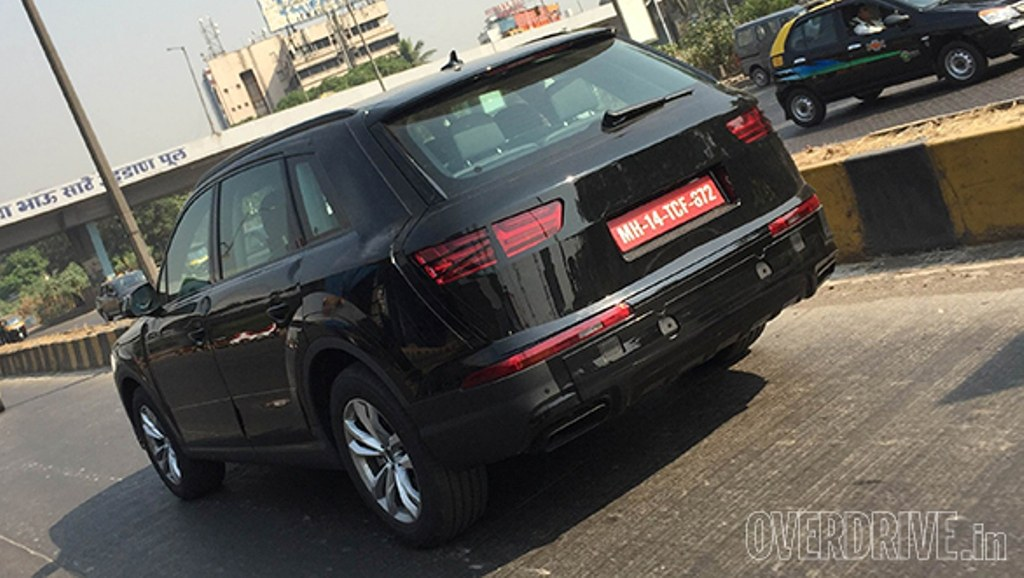 2016 Audi Q7 Spied India Rear