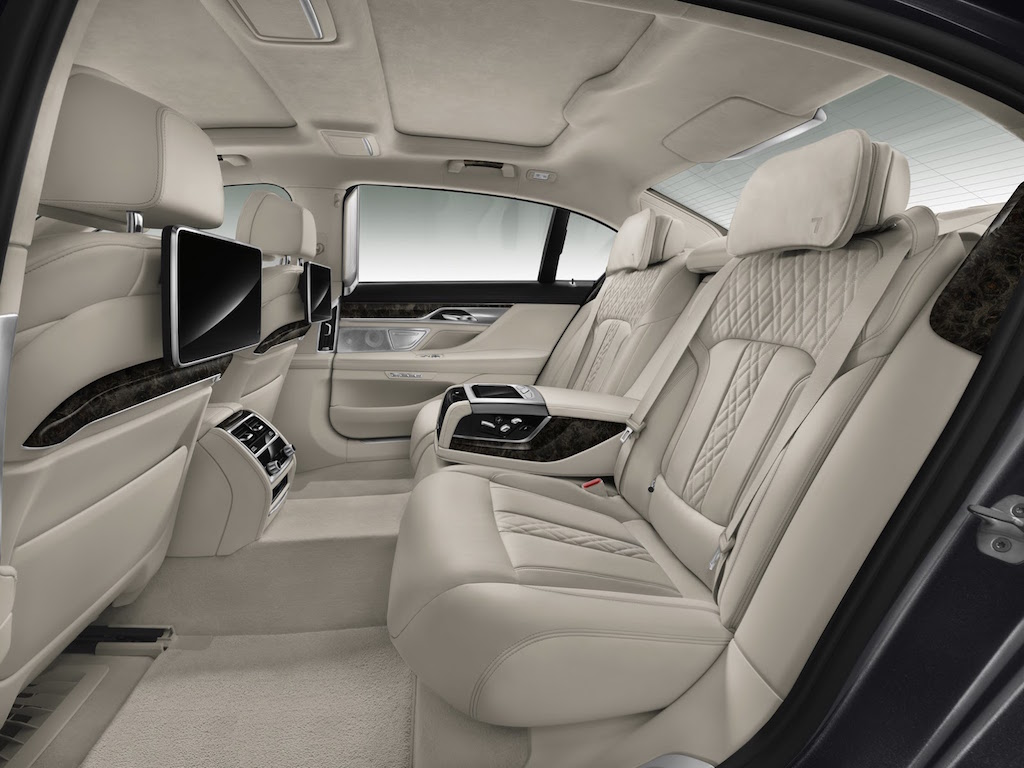 2016 BMW 7-Series Rear Seats