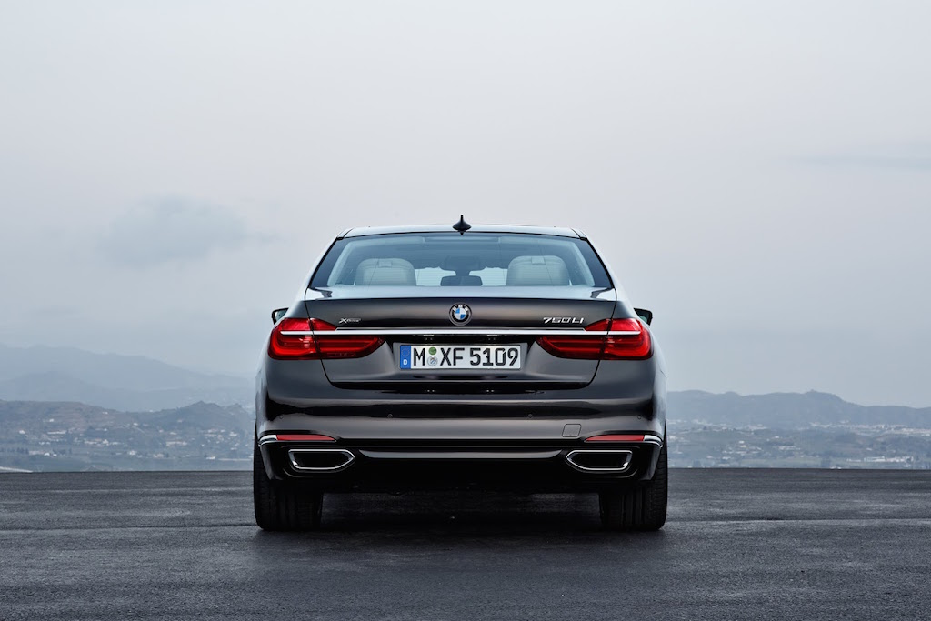 2016 BMW 7-Series Tail Lights
