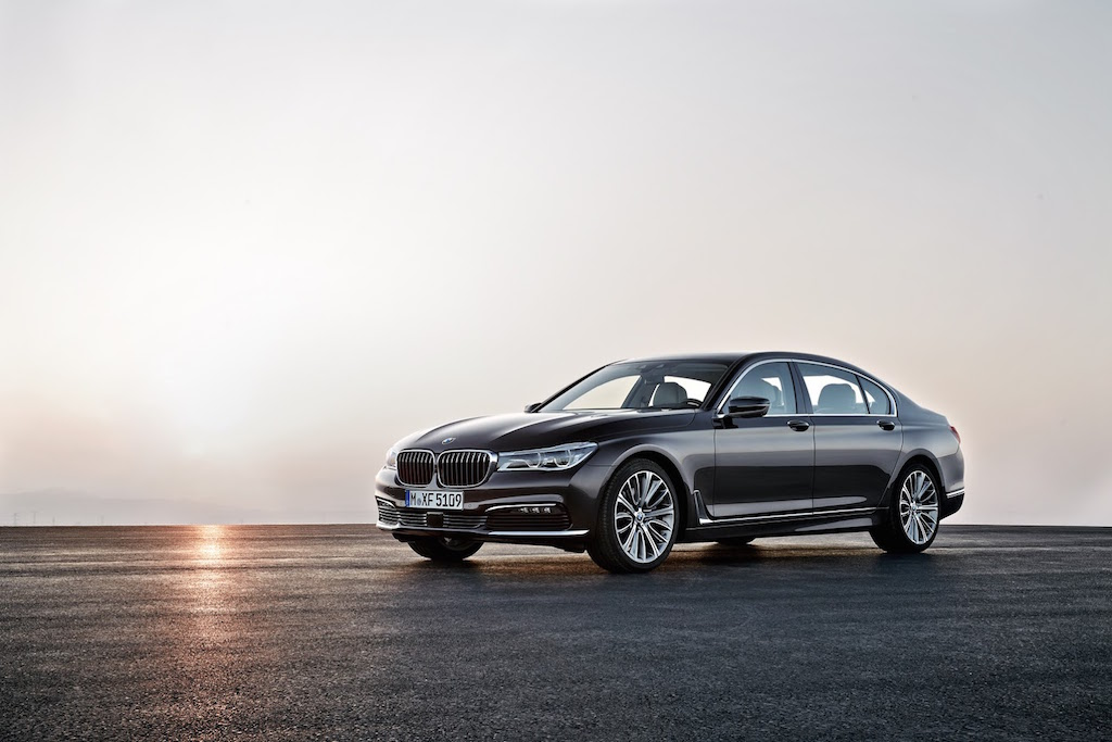 2016 BMW 7-Series Unveil