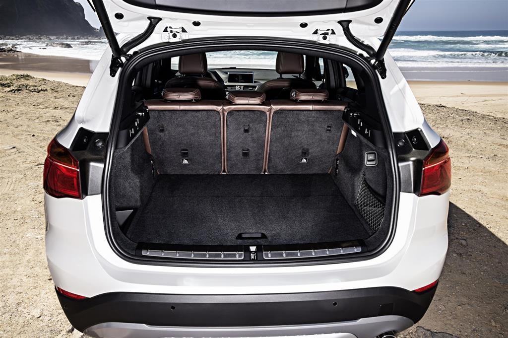 2016 BMW X1 Boot