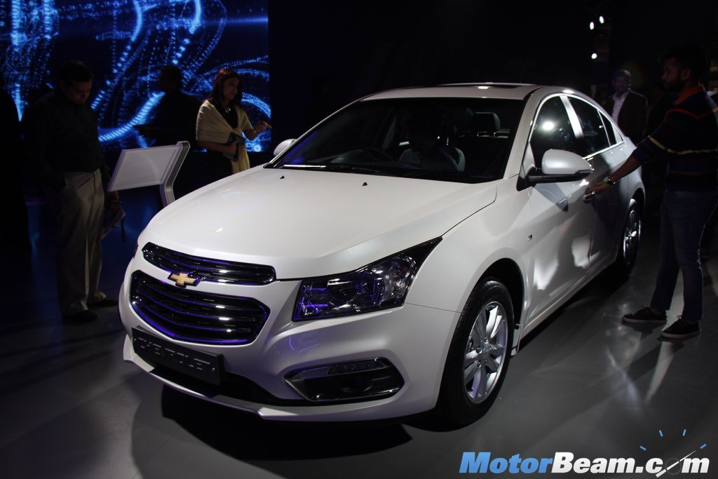 2016 Chevrolet Cruze Price Reduced By Rs 1 Lakh Motorbeam