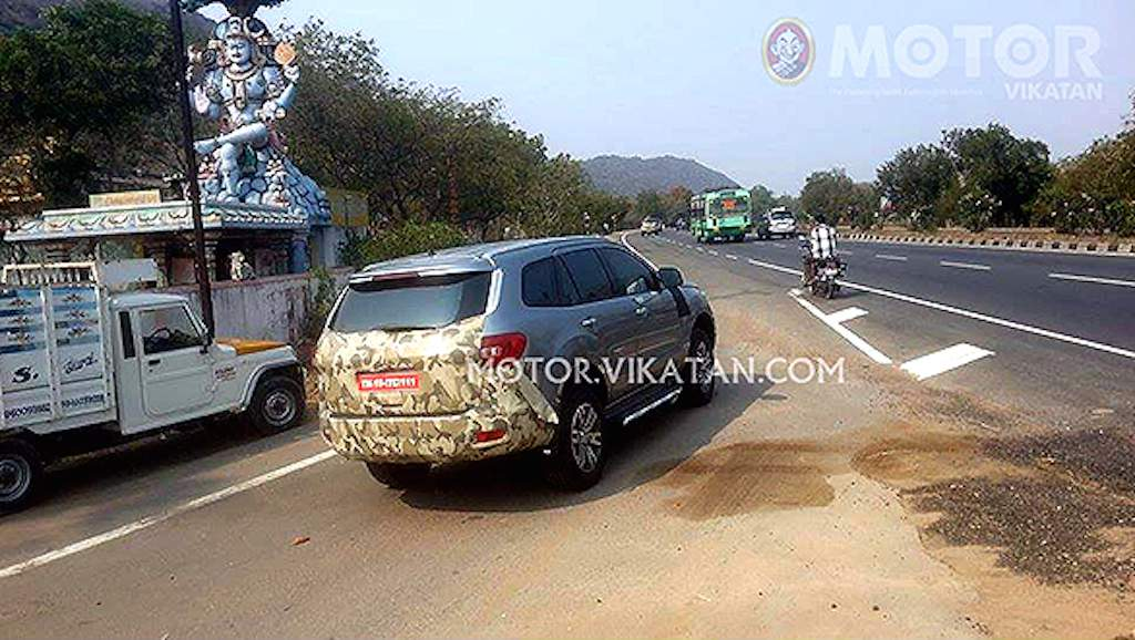 2016 Ford Endeavour India Spy Shot