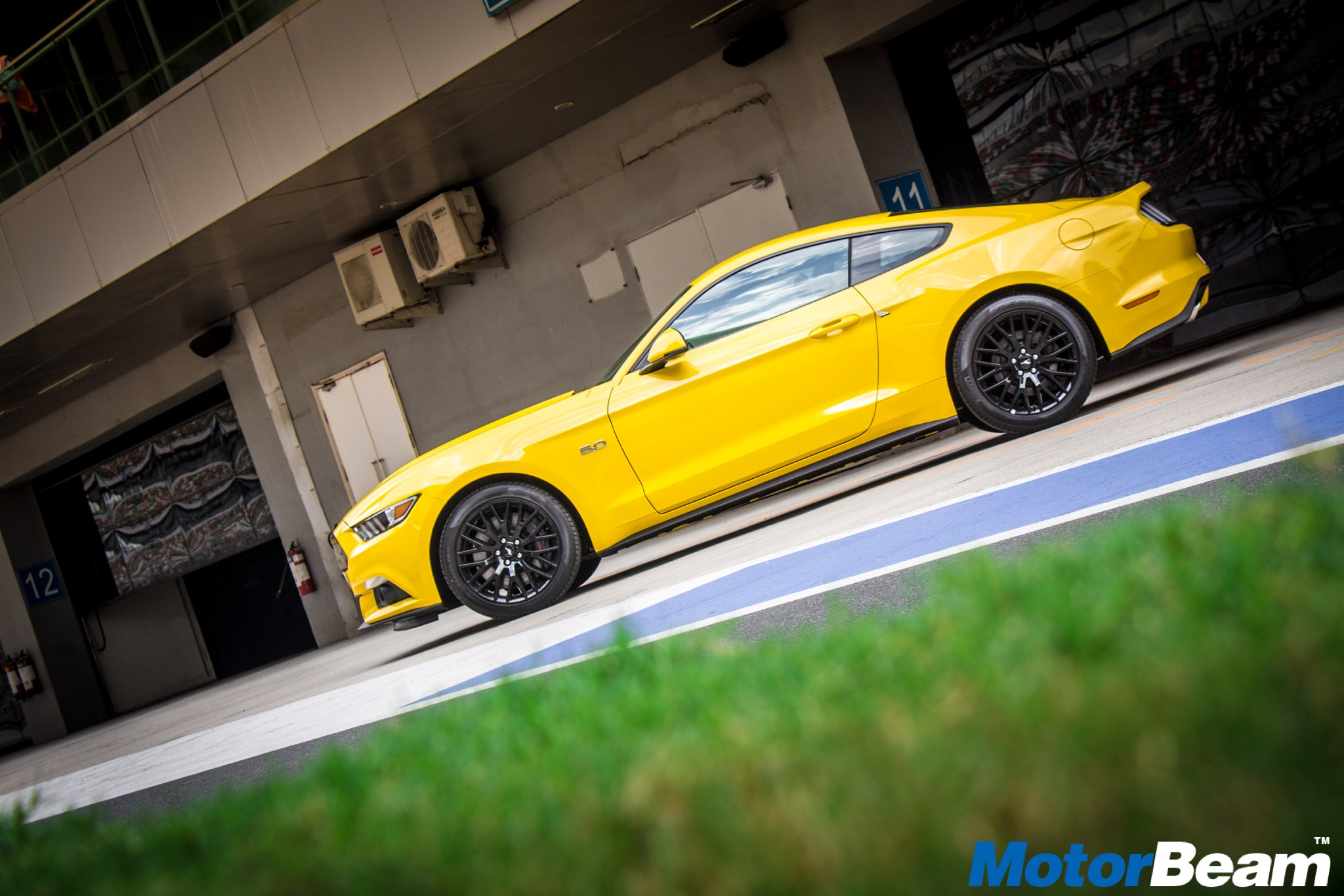 2016 Ford Mustang GT Exteriors