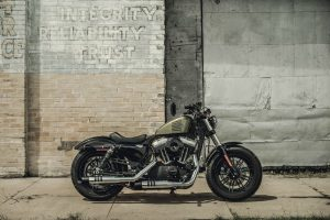 2016 Harley Iron 883 Test Ride Competition