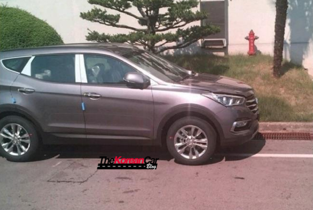 2016 Hyundai Santa Fe Facelift Undisguised Rear