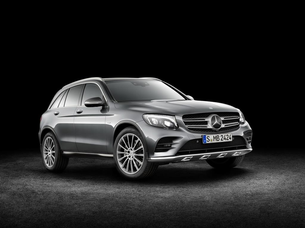2016 Mercedes GLC Unveiled