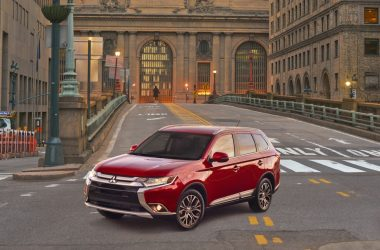 2018 Mitsubishi Outlander Launched, Priced At Rs. 32 Lakhs