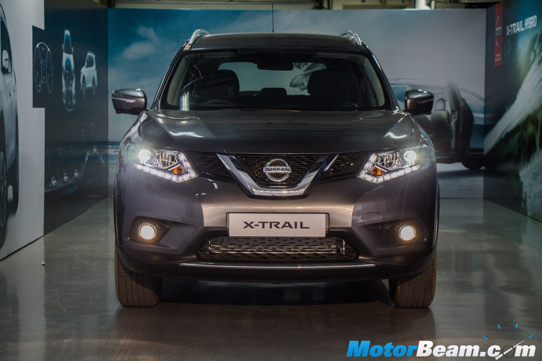 2016 Nissan X-Trail Hybrid Headlights