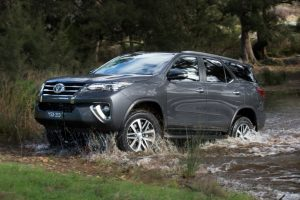 2016 Toyota Fortuner Off Road