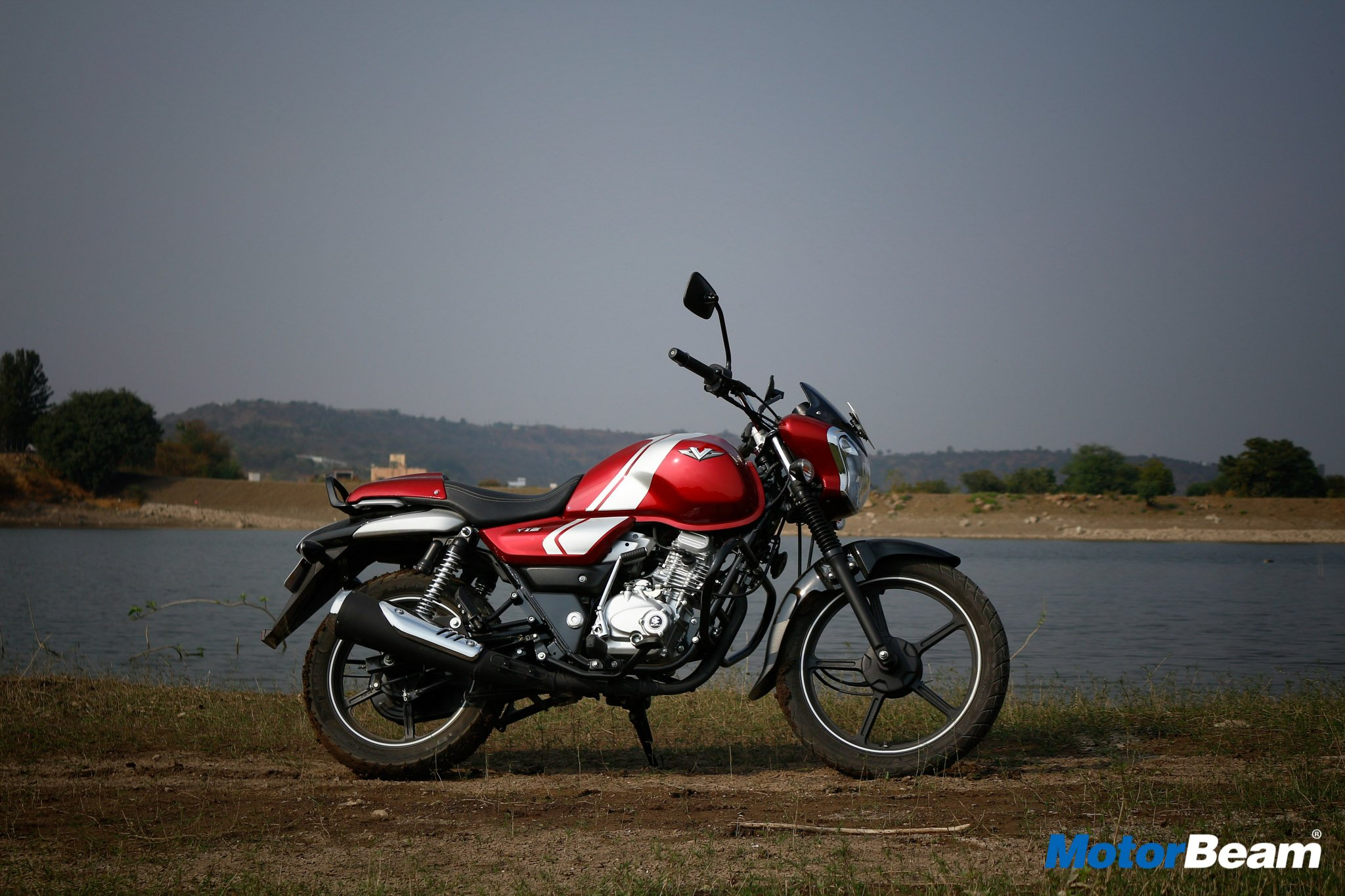 2017 Bajaj V12 Review