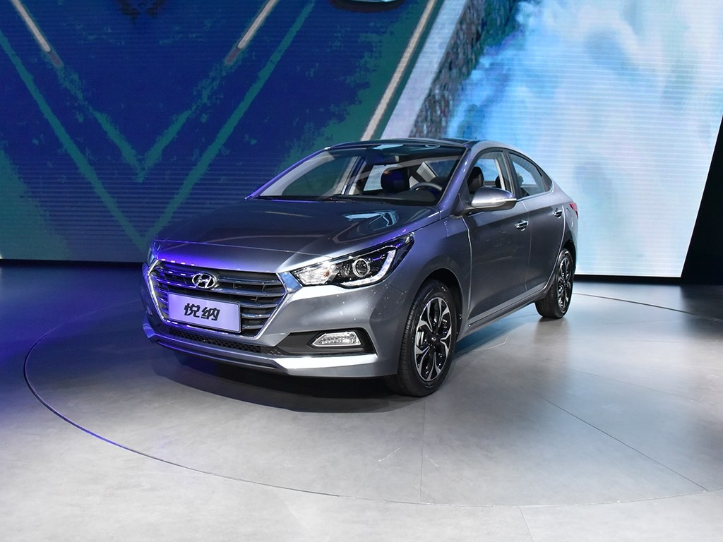 2017 Hyundai Verna Revealed
