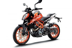 2017 KTM Duke 390 Unveiled