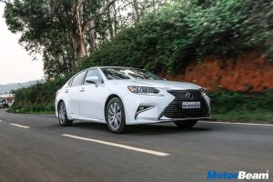 2017 Lexus ES300h Test Drive