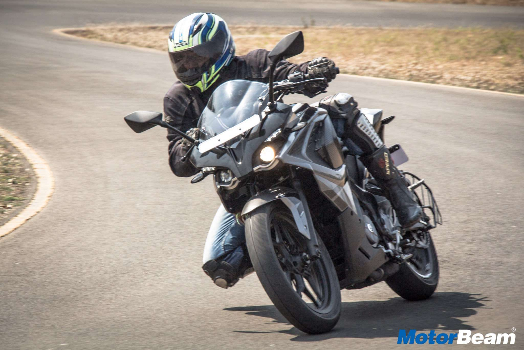 2017 Pulsar RS 200 Test Ride