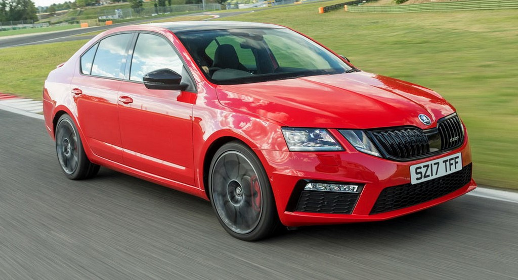 2017 Skoda Octavia RS Side Profile