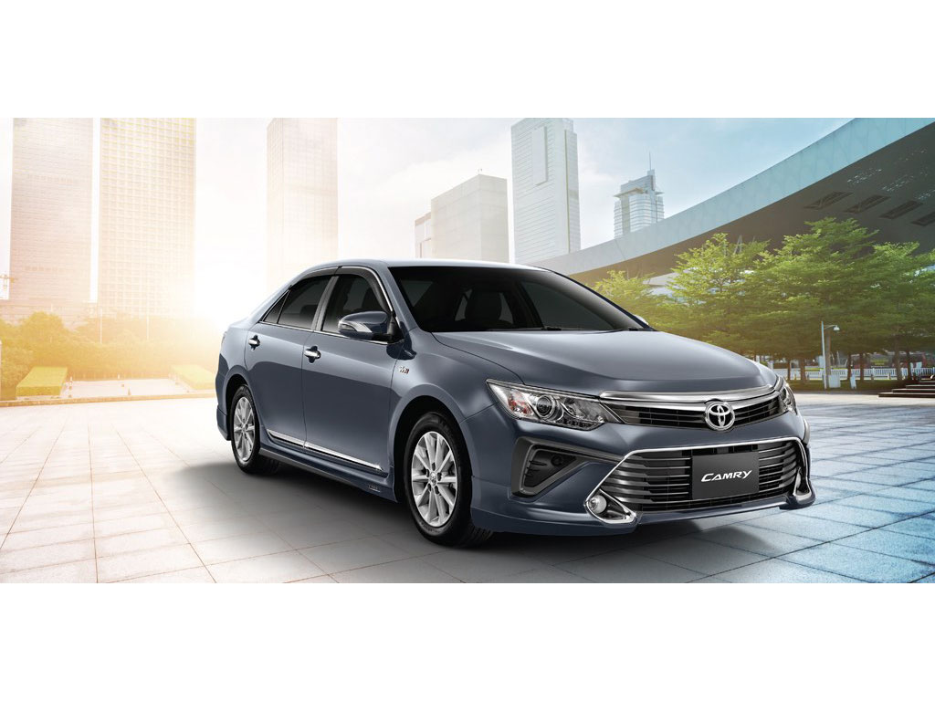 limited cars price toyota camry xle owner local navi leather hybrid