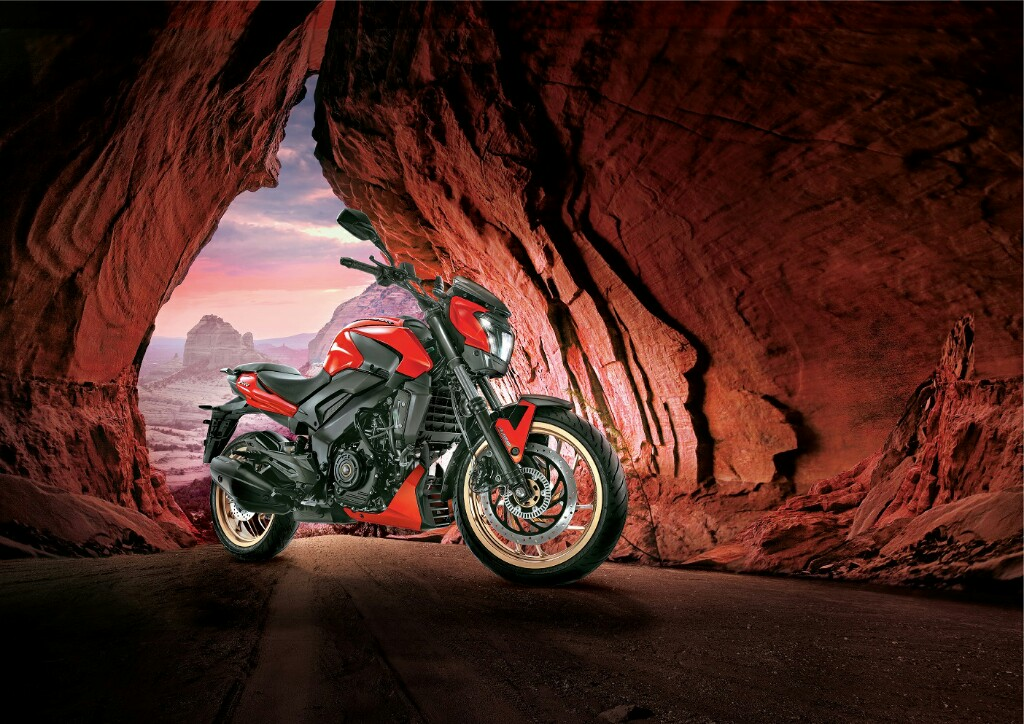 2018 Bajaj Dominar 400 Price