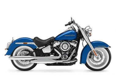2018 Harley-Davidson Deluxe Softail Side