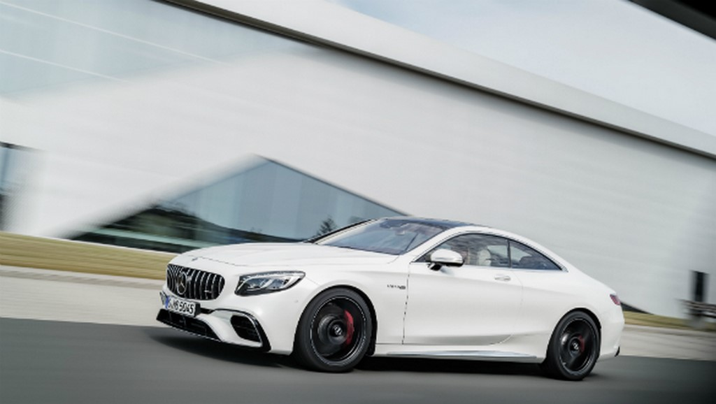 2018 Mercedes AMG S63 4Matic+ Coupe Side Profile