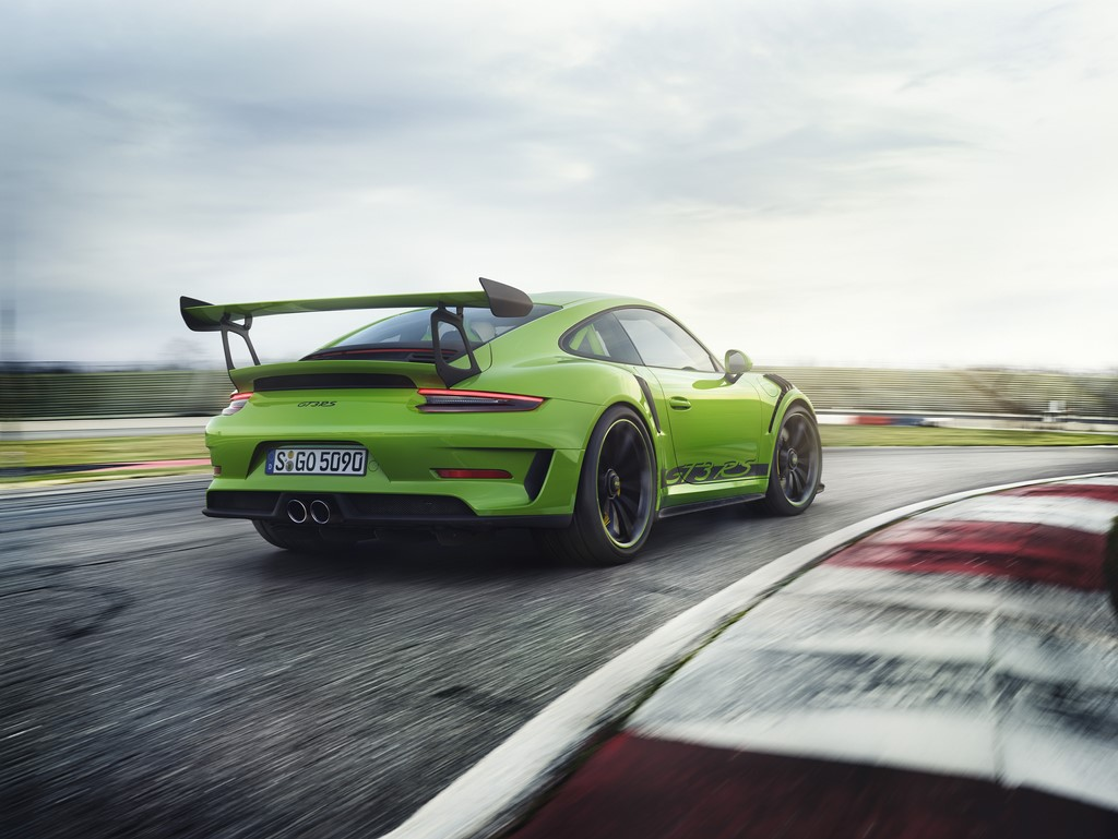 2018 Porsche 911 GT3 RS Side And Rear