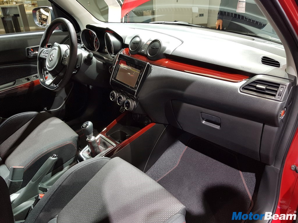 2018 Suzuki Swift Sport Dashboard