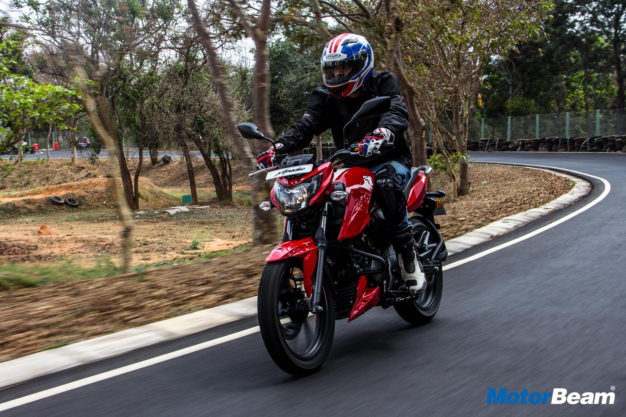 2018 TVS Apache 160 4V Test Ride Review