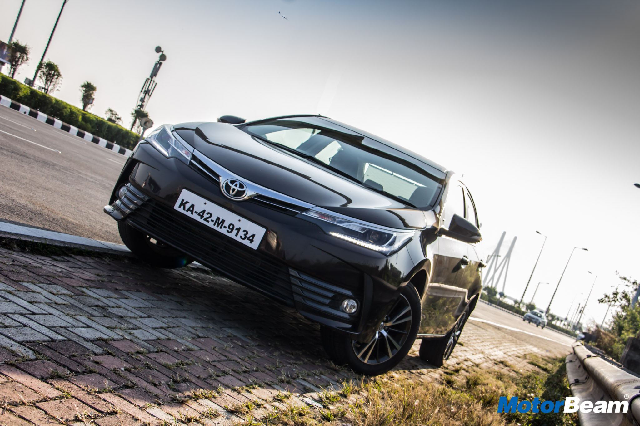 2018 Toyota Corolla Altis Review Test Drive Motorbeam