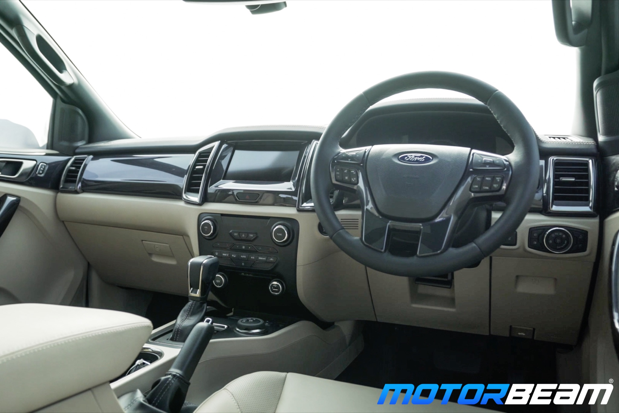 2019 Ford Endeavour Interior