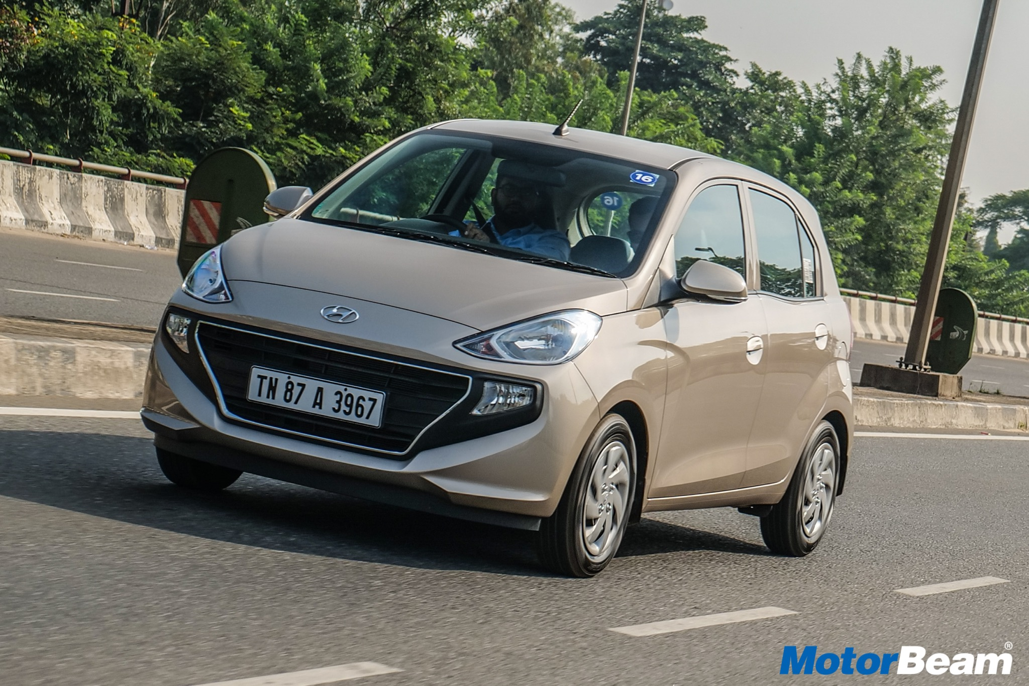2019 Hyundai Santro Video Review