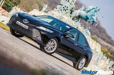 2019 Toyota Camry Hybrid Review