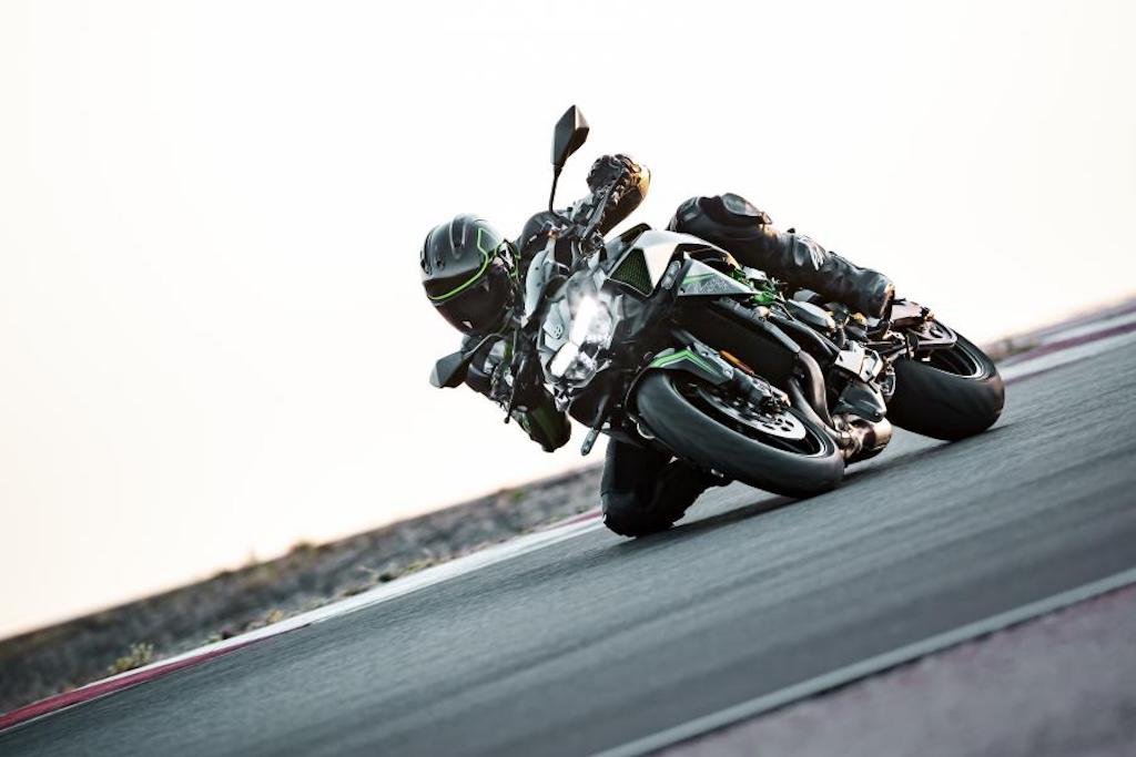 2020 Kawasaki Z H2 Showcased