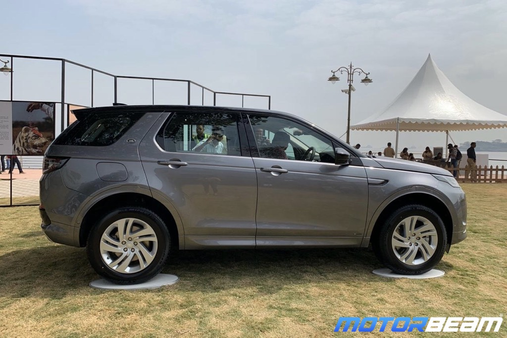 2020 Land Rover Discovery Sport Side