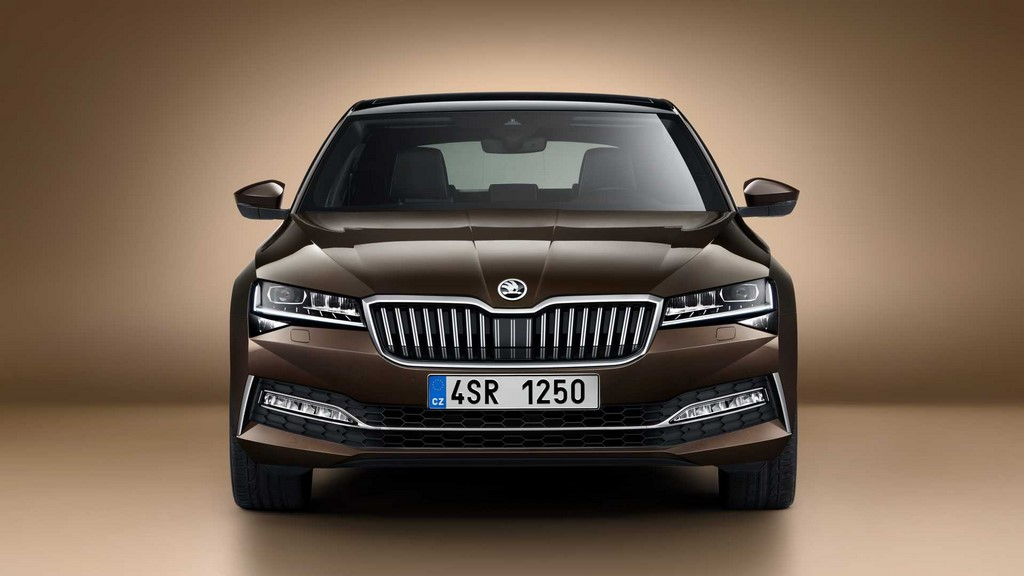 2020 Skoda Superb Facelift Front