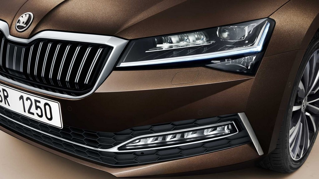 2020 Skoda Superb Facelift Headlamps