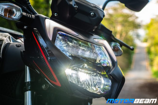2020 TVS Apache 200 Review Headlight