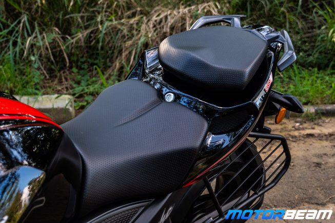 2020 TVS Apache 200 Review Seat