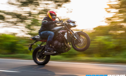 2020 Triumph Street Triple R Review 7
