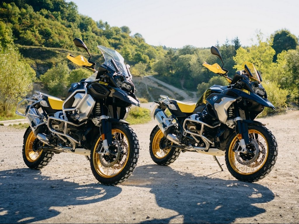 2021 BMW R 1250 GS And BMW R 1250 GS Adventure
