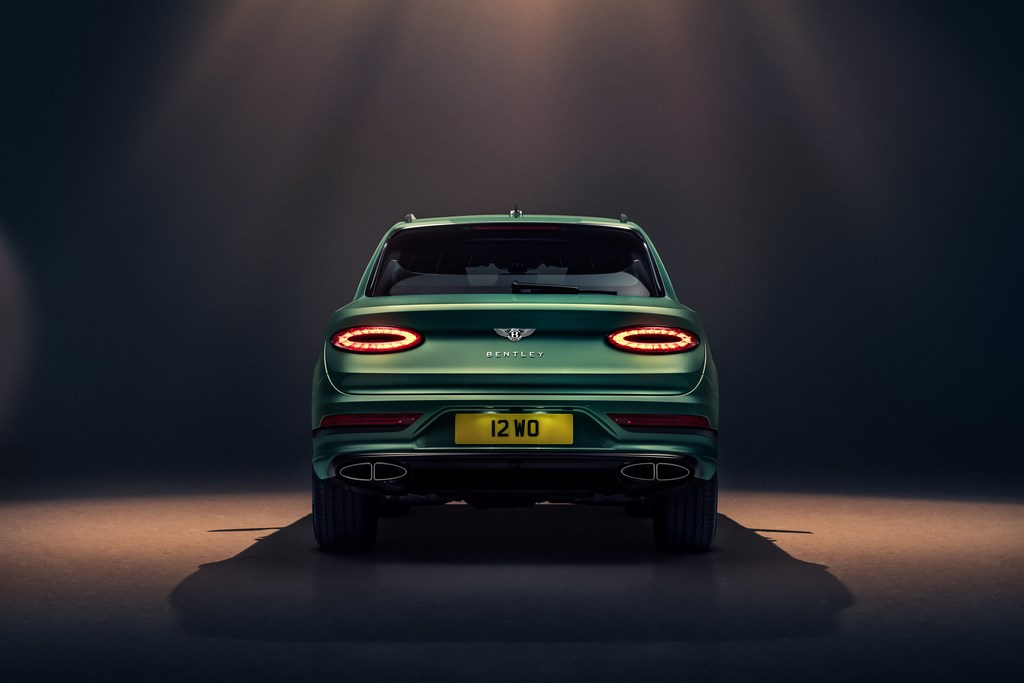Tail lights inspired from Continental GT