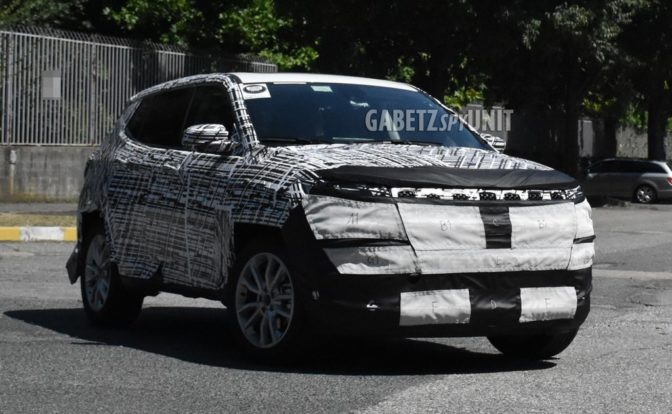 2021 Jeep Compass Facelift Spied