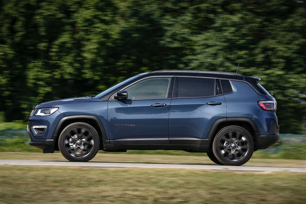 2021 Jeep Compass Side