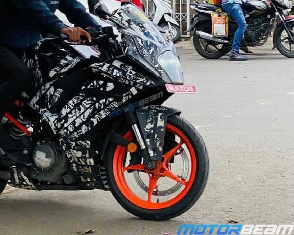 2022 KTM RC 390 Spotted Alloys